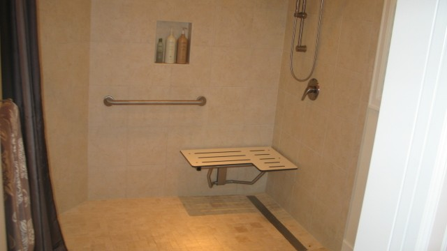 senior-bathroom-640x360
