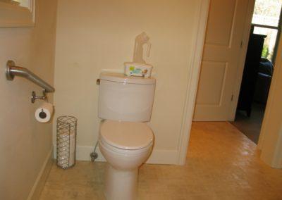 seniorlivingbathroom